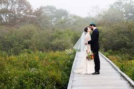 wedding photographers in maine kettle cove southern maine cape elizabeth fog wedding image iamsarahv photography 182 sv2 7135 182sm jpg