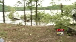 weather radar table rock lake overnight storm destroys docks on table rock lake near shell knob