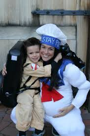 pregnant halloween costume diy pregnant family costume slimmer ghostbuster and stay puff