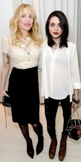 courtney love and frances bean cobain have a mother daughter date