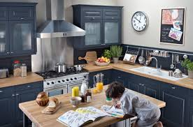 darty hotte cuisine relooker une cuisine rustique darty vous