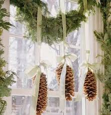 Make Your Own White Christmas Decorations by White Christmas Ideas Christmas Celebrations
