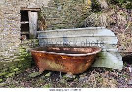 cast iron bathtub stock photos cast iron bathtub stock images