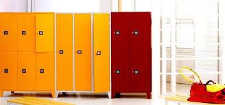 armadietti spogliatoio legno armadio spogliatoio armadi di servizio le caratteristiche dell