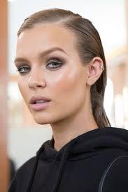 best beauty looks at paris fashion week spring 2017 runway