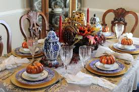 tips for hosting the thanksgiving dinner bleu