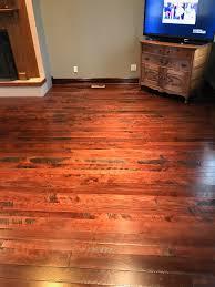 Reclaimed Oak Laminate Flooring Reclaimed Barn Wood Oak Flooring And Wall Panel