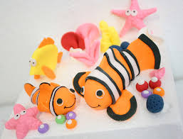 nemo cake toppers awesome etsy find fondant cake toppers by sugar and stripes co