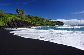 black sand beach hawaii black sand beach on oahu where can you find one oahu hawaii