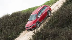 volkswagen alltrack offroad vw golf alltrack 2 0 tdi dsg 2015 review by car magazine