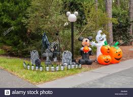 Garden Halloween Decorations Pumpkins And Mickey Mouse Halloween Decorations In Fort Wilderness