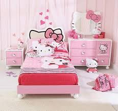 chambre fille hello comment décorer la chambre des fans de hello bricobistro