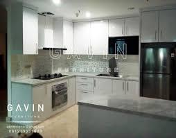 tersedia berbagai motif hpl lengkap model kitchen set minimalis