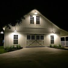 Pros And Cons Of Pole Barn Homes Best 25 Metal Buildings Ideas On Pinterest Pole Building House