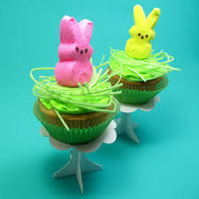 Decorating Easter Cupcakes With Peeps by Easy Peeps Cupcakes The Decorated Cookie