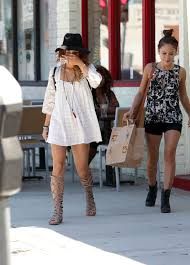 vanessa hudgens photos photos vanessa hudgens grabs lunch with