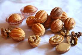 seashell shaped cookies walnut cookies recipe cookies heghineh cooking show