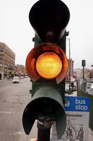 Traffic Light Ticket Chicago Shortens Yellow Lights Ticket Standard Makes 8 Million