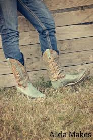 best 25 turquoise cowboy boots ideas on pinterest country boots