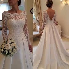 boutique robe de mari e les 25 meilleures idées de la catégorie robe de mariée dentelle