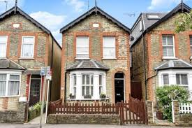 1 Bedroom Flat In Kingston 1 Bedroom Flats For Sale In Kingston Upon Thames Surrey Rightmove