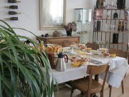 chambre d hote hautvillers petit dejeuner 2 jpg width 880 height 660 crop 1