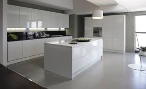 idee cuisine equipee cuisine equipee blanc laquee 12 minimal kitchen ideas lzzy co