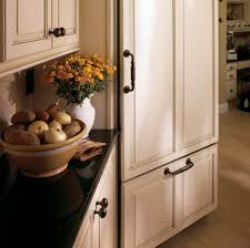 Kitchen Cabinets Hardware Placement Cabinet Knob Placement Kitchen Cabinet Knobs And Pulls Placement