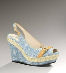 ugg platform sandals sale 26 best uggs images on ugg shoes ugg cleaning