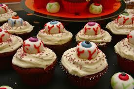 halloween eyeball cakes file eye ball cupcakes 8136232024 jpg wikimedia commons