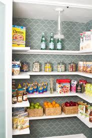 Organizing Your Pantry by 20 Despensas Super Organizadas Para Você Se Inspirar Pantry