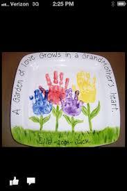 18 keepsakes made with family handprint ideas grandparents
