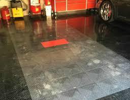 Interlocking Garage Floor Tiles How To Clean Interlocking Floor Tiles All Garage Floors