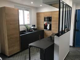 cuisine sur mesure lyon cuisine moderne bois et avec verriere sur mesure a lyon
