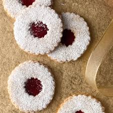 raspberry almond linzer cookies recipe epicurious com