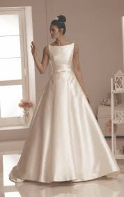 brides to be falmouth in cornwall wedding gowns bridesmaids