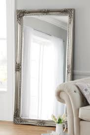 How To Hang A Wall Mirror The 25 Best Hallway Mirror Ideas On Pinterest Entryway Shelf