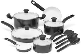 Best Cookware For Ceramic Cooktops The 8 Best Cookware Sets To Buy In 2017