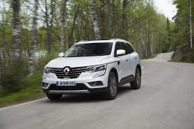 renault koleos 2017 red all new renault koleos arrives in ireland rev ie