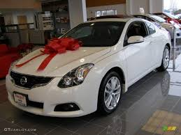 Nissan Altima Coupe Red Interior 2011 Winter Frost White Nissan Altima 3 5 Sr Coupe 41534885