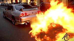 nissan skyline videos youtube nissan skyline huge flames police let him off youtube