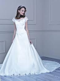 robe de mariã e valenciennes les 25 meilleures idées de la catégorie mariage tati sur
