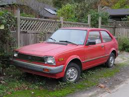 hatchback cars 1980s old parked cars vancouver 1982 honda civic hatchback