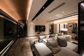 revetement plafond chambre le revêtement mur et plafond en bois donne le ton à la déco de