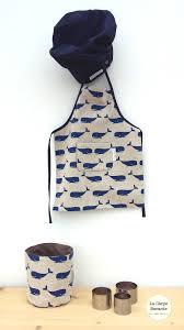 tablier bleu marine artisanat la carpe bavarde