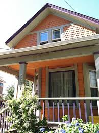 Small House Exterior Paint Schemes by Best 25 Exterior House Paints Ideas On Pinterest Exterior House