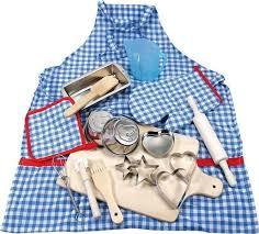 set cuisine enfant set d ustensiles de cuisine en bois et métal chez les enfants