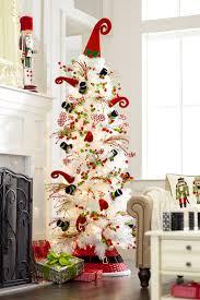 17 parasta kuvaa christmas trees pinterestissä joulukuuset puut