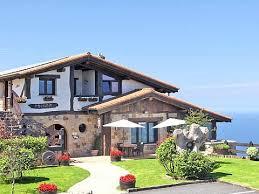 chambre d hote ainhoa maison xaharenea ainhoa 64 hbergements chambres d hotes pays basque