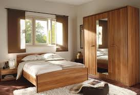 modele de chambre a coucher simple beautiful chambre a coucher moderne en bois images design